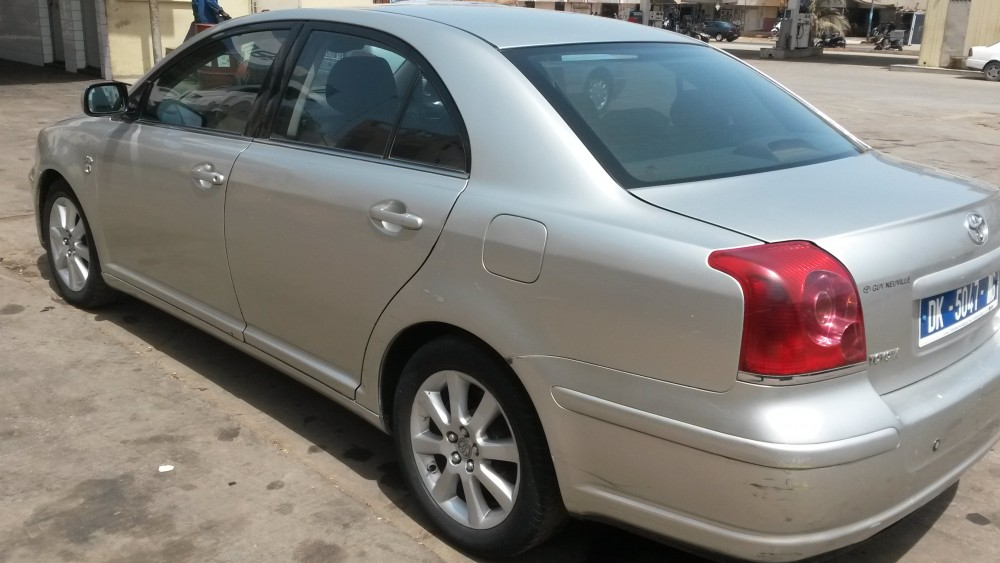 Toyota Avensis année 2006