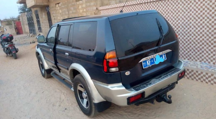 Vends Mitsubishi nativa 4x4