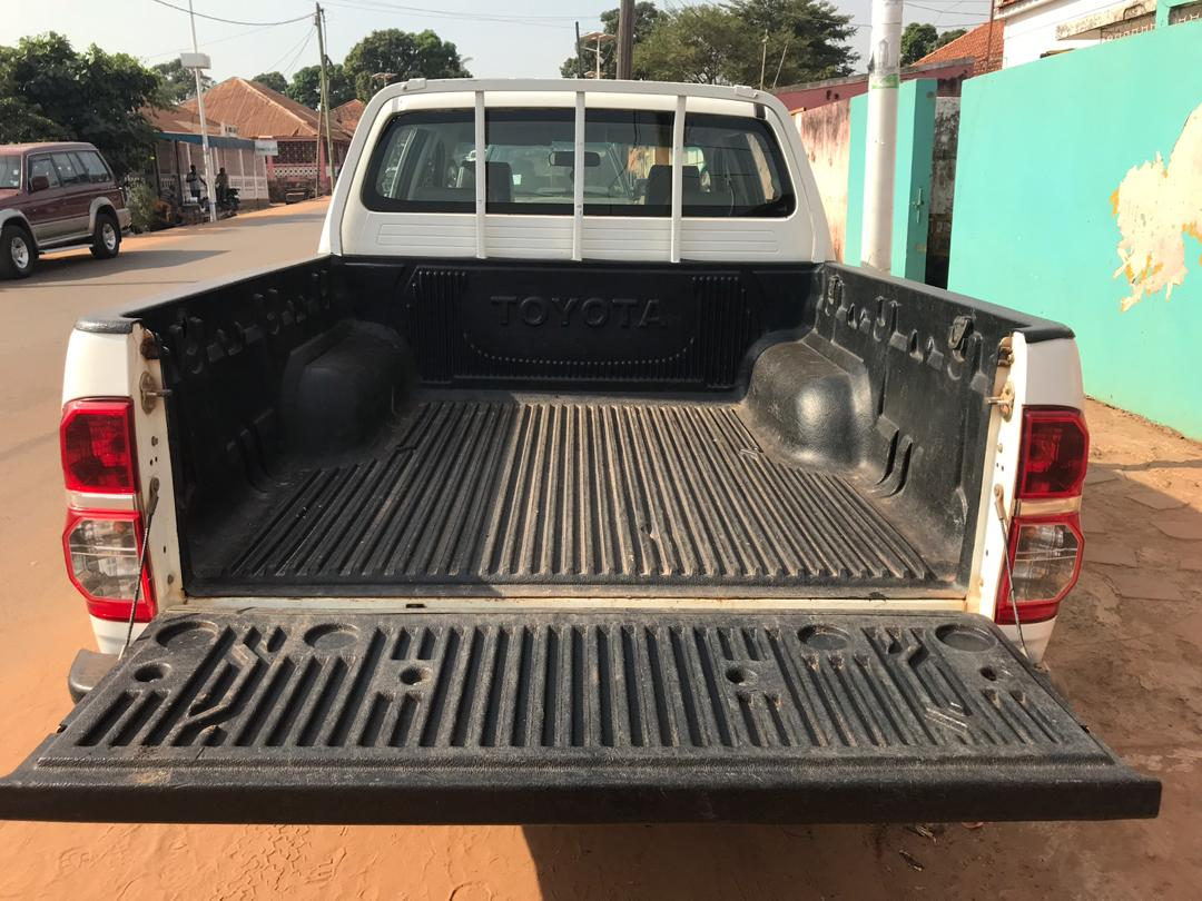 TOYOTA PICK UP HILUX 4x4 A VENDRE, 98.800 kms - ANNEE 2014